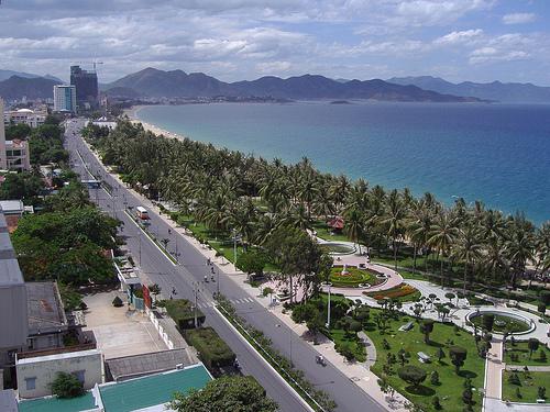 54 nacionalidades habitan el territorio vietnamita. Vuelos baratos a Saigón.